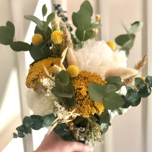 bouquet-fleurs-sechees-bouton-d-or-960